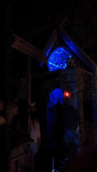 Eerie entrance into the Hellview Cemetery haunts